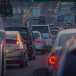 【渋滞にはまったらレーダークルーズコントロール(全車速追従機能付)で快適ドライブ】